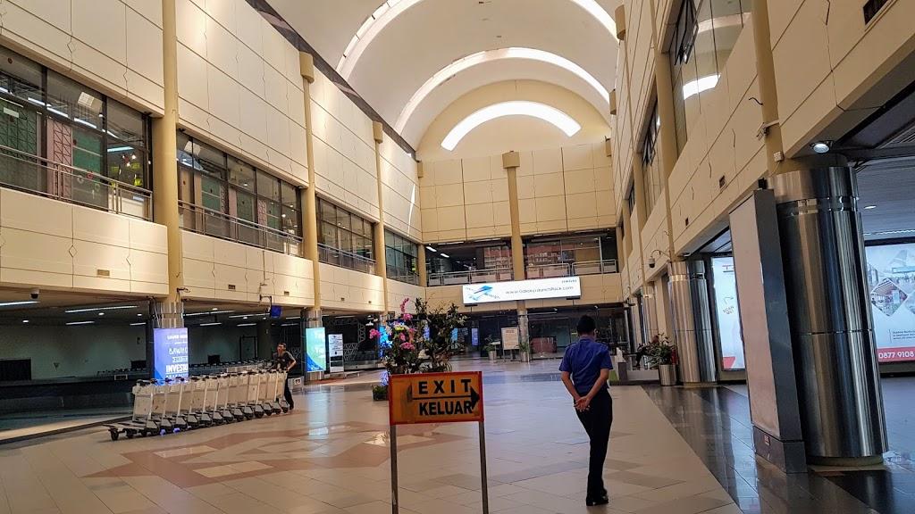 Ruang Check In Bandara Internasional Hang Nadim Batam