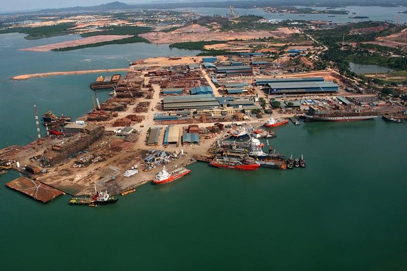 Galangan Kapal Tanjung Uncang