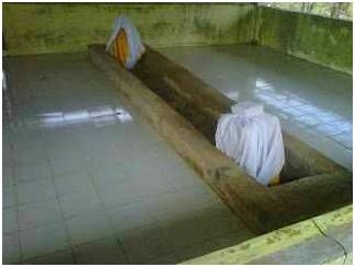 Makam Tua Di Kampung Belian Batam